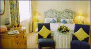 Sunny Brae Hotel