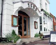 Zeus Hotel & Restaurant