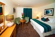 BEST WESTERN Llyndir Hall Hotel