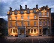 Westenra Arm's Hotel